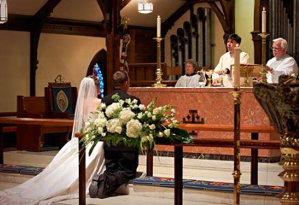 bridegroomkneeling